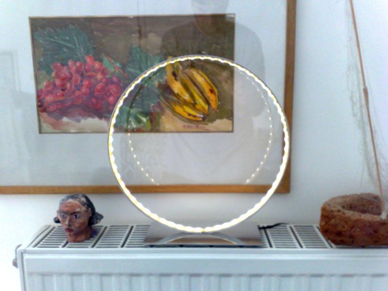 Επιτραπέζιο φωτιστικό, ανοξείδωτο και led – Table lamp inox and led light