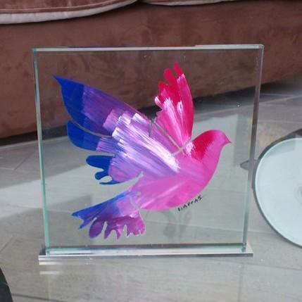 Διακοσμητικά αντικείμενα από γυαλί και μέταλλο